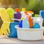 Como deixar a sua casa limpa – sem suar a camisa